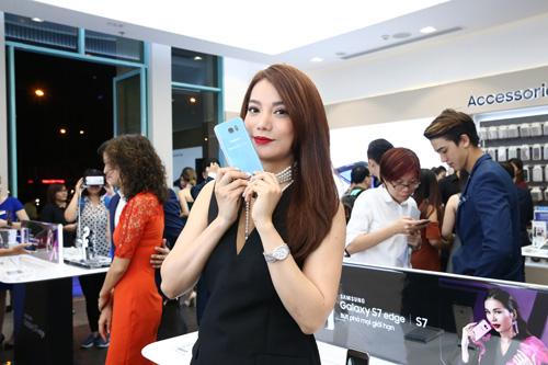 Samsung khai trương cửa hàng trải nghiệm sản phẩm lớn nhất Việt Nam - 2