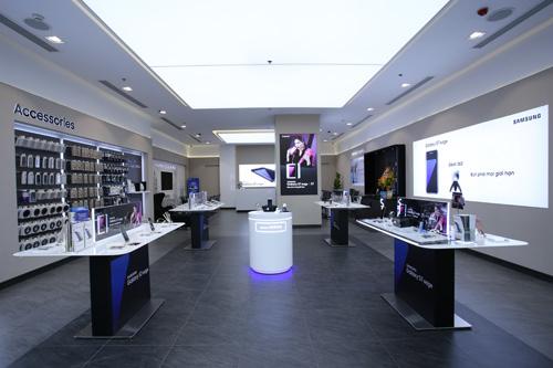 Samsung khai trương cửa hàng trải nghiệm sản phẩm lớn nhất Việt Nam - 3