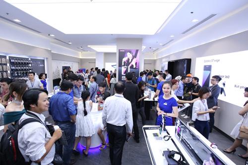 Samsung khai trương cửa hàng trải nghiệm sản phẩm lớn nhất Việt Nam - 4