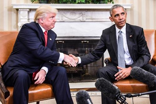 Rời Nhà Trắng, Obama vẫn theo sát mọi hành động Trump - 1