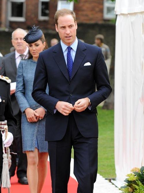 Phong cách lịch lãm, quyền quý của hoàng tử Anh - 4