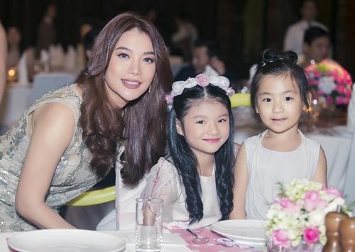Trương Ngọc Ánh cùng Trần Bảo Sơn mừng sinh nhật con gái - 4