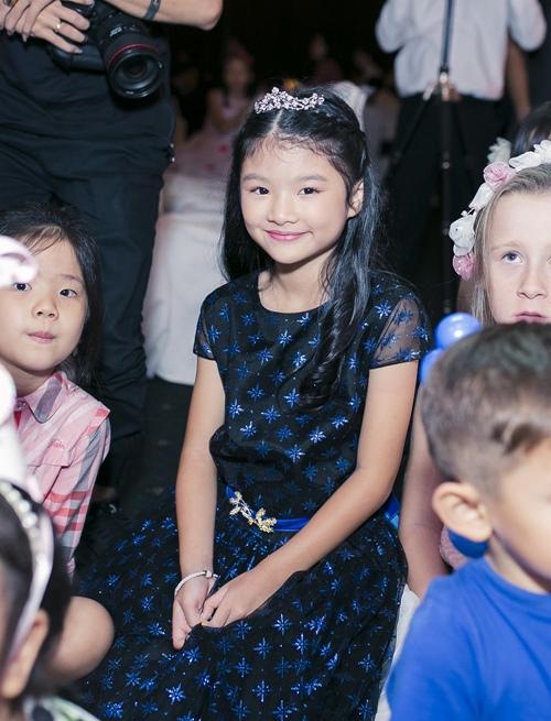 Trương Ngọc Ánh cùng Trần Bảo Sơn mừng sinh nhật con gái - 9