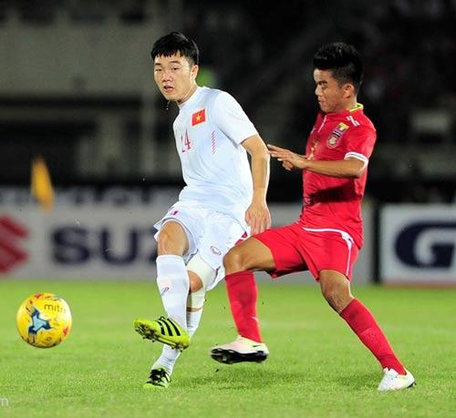 """""""Ronaldo Việt Nam"""" lép vế trước dàn """"Messi, CR7 AFF Cup"""" - 1"""