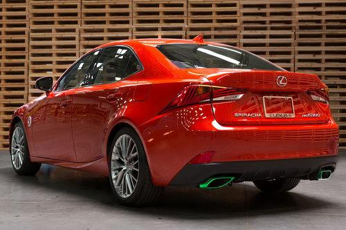 """Lexus IS phiên bản """"tương ớt"""" Sriracha độc nhất vô nhị - 2"""