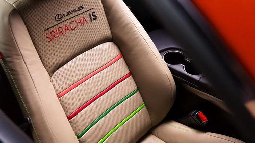"""Lexus IS phiên bản """"tương ớt"""" Sriracha độc nhất vô nhị - 9"""