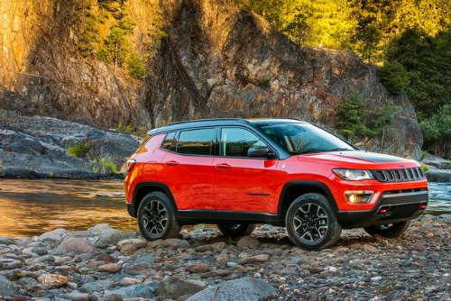 """2017 Jeep Compass ra mắt, thay thế """"lão già"""" Patriot - 1"""