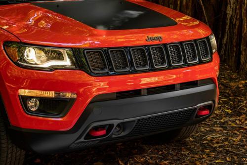 """2017 Jeep Compass ra mắt, thay thế """"lão già"""" Patriot - 3"""