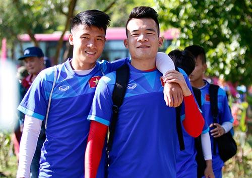"""""""Ronaldo & Messi Việt Nam"""" nỗ lực tìm suất đá chính - 2"""