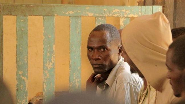 Xét xử kẻ có HIV được thuê quan hệ với 104 cô gái Malawi - 1