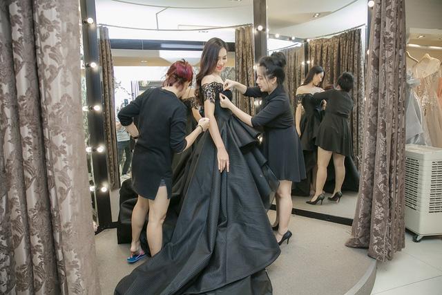 Mãn nhãn với loạt váy áo của Diệu Ngọc tại Miss World - 4