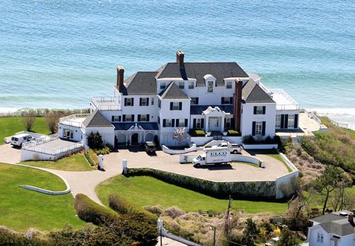 Choáng ngợp khối bất động sản 70 triệu USD của Taylor Swift - 2