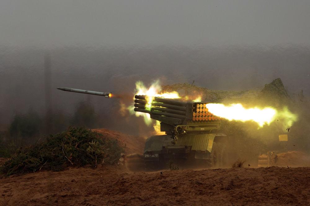 10 vũ khí uy lực của lực lượng pháo binh và tên lửa Nga - 1