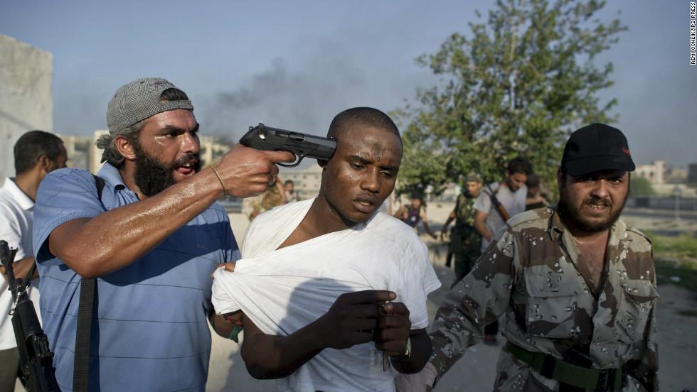 Vì một con khỉ, 16 người bị giết chết ở Libya - 1