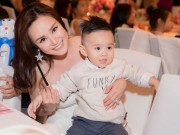 Con trai Vy Oanh hút mọi sự chú ý khi xuất hiện cùng mẹ