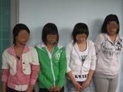 An ninh Xã hội - Hai thiếu nữ táo tợn chém người, cướp xe trên phố
