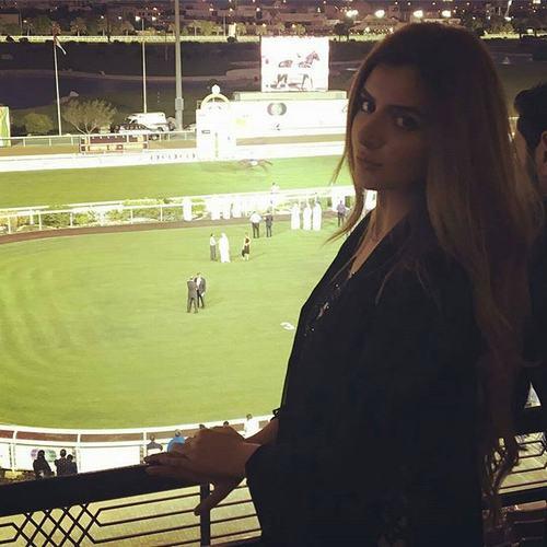 Cuộc sống vương giả của công chúa giàu có nhất Dubai - 1