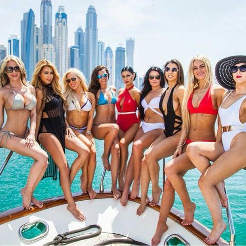 Cuộc sống vương giả của công chúa giàu có nhất Dubai - 8