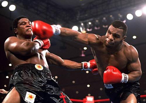"""30 năm cú knock-out đưa Mike Tyson thành """"Thần"""" - 1"""