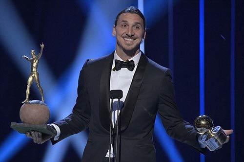 11 lần đoạt Quả bóng vàng, Ibrahimovic được dựng tượng - 1