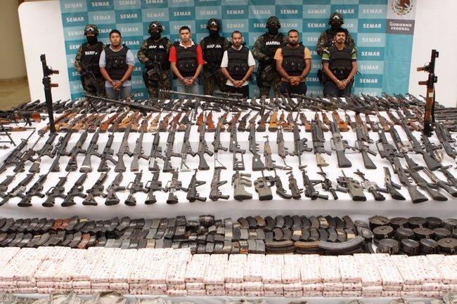 Phát hiện 9 người bị chặt đầu bên vệ đường ở Mexico - 2