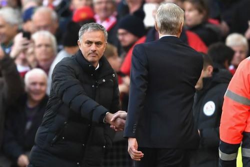 """MU: Mourinho """"bạc tóc"""" vì không vào nổi top 4 giải NHA - 2"""