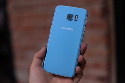 """Galaxy S7 edge Xanh Coral đăng quang ngôi """"hoa hậu"""" làng công nghệ - 1"""