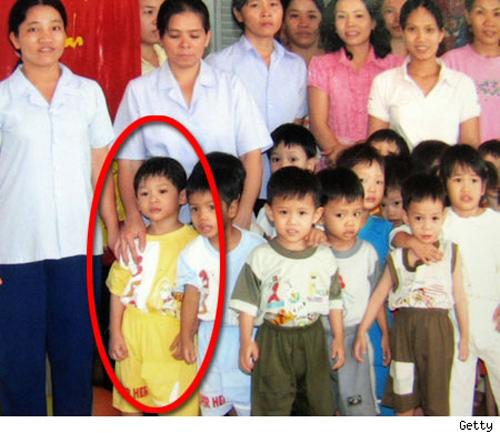 Mẹ đẻ người Việt đòi Brad Pitt và Angelina Jolie trả lại Pax Thiên - 3