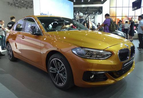 BMW 1-Series Sedan hoàn toàn mới lần đầu ra mắt - 2