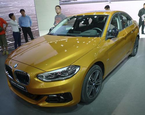BMW 1-Series Sedan hoàn toàn mới lần đầu ra mắt - 3