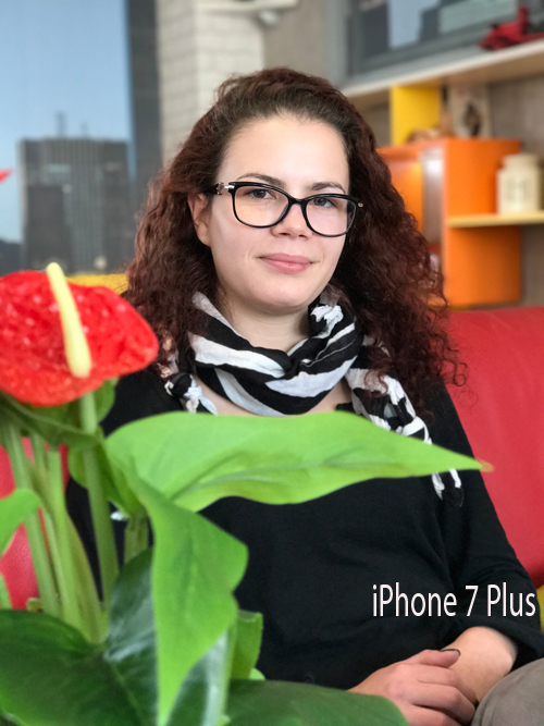 So tài chụp chân dung giữa iPhone 7 Plus với máy ảnh 1.600 USD - 10