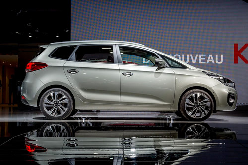 Những cải tiến trên Kia Rondo 2017 - 2