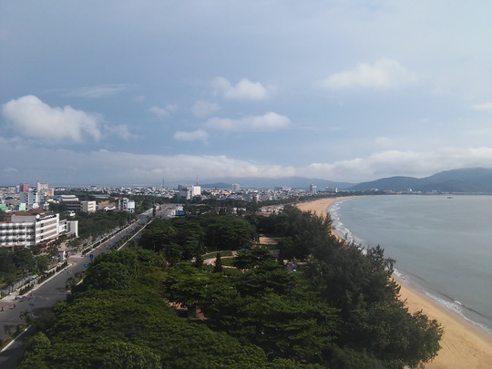 Phá sòng bạc lớn giữa công viên biển Quy Nhơn - 1