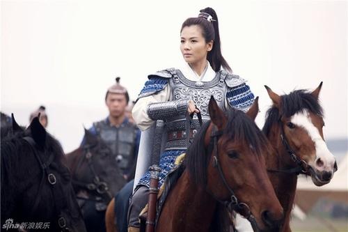 """Hôn nhân nhiều sóng gió của nàng A Châu """"Thiên Long Bát Bộ"""" - 3"""