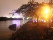 Tin tức trong ngày - TP.HCM: 3 mẹ con bất ngờ rơi xuống sông trong đêm
