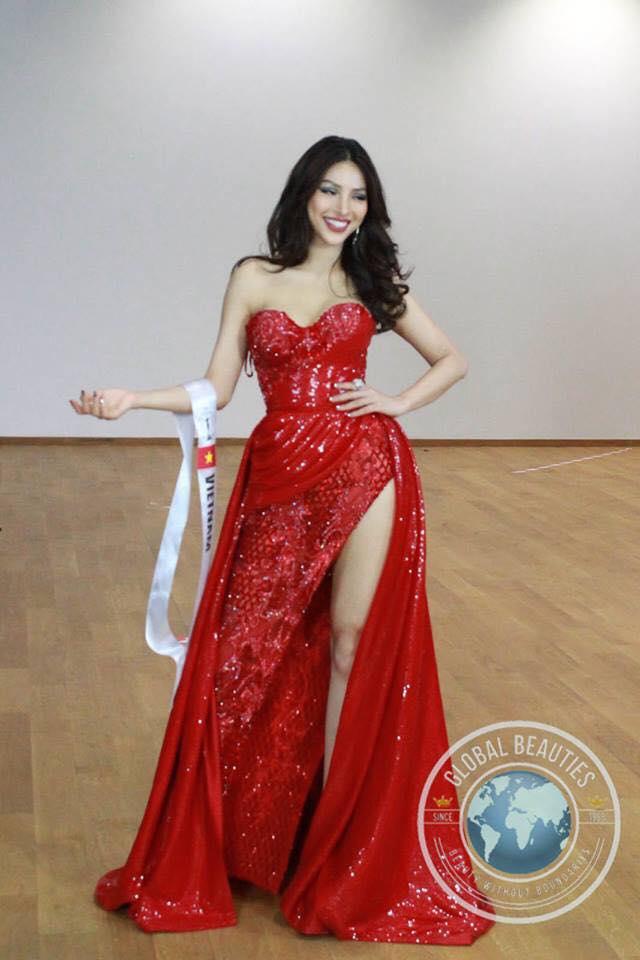 Màn bikini của đại diện Việt lấn át đối thủ tại HH Siêu quốc gia - 4