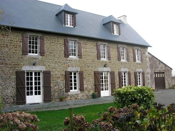 Pháp: Ngỡ ngàng phát hiện 1 tạ vàng trong nhà thừa kế - 2