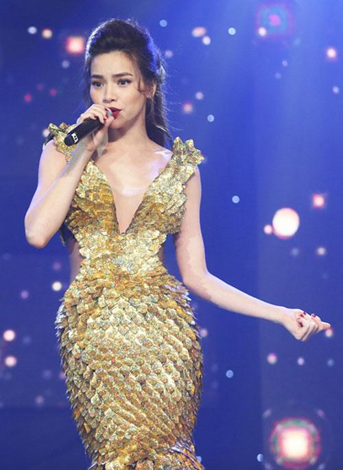 Ca từ dễ dãi, vô bổ đang rẻ rúng âm nhạc Việt - 1