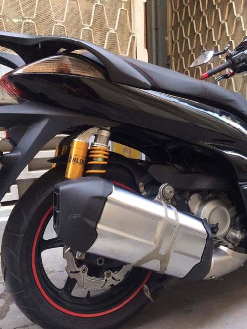 Soi Honda SH300i độ siêu khủng xuất hiện tại Hà Nội - 8
