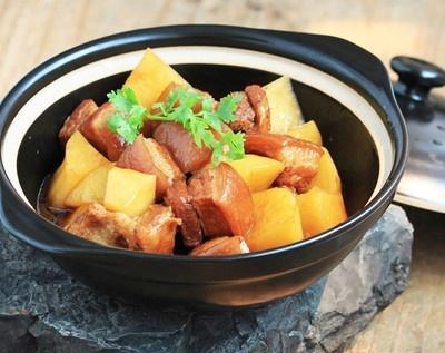 Thịt ba chỉ kho khoai tây cho bữa cơm thêm ngon - 3