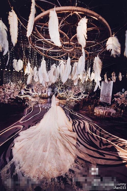 Hơn 30 triệu người xem đám cưới siêu sang của hot girl TQ - 5