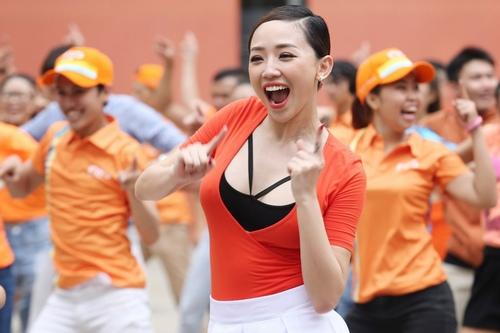Mướt mắt vẻ gợi cảm của Tóc Tiên khi nhảy múa bốc lửa - 3