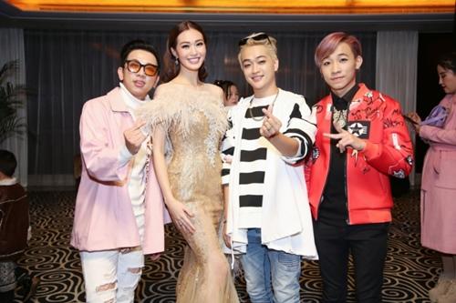 Khánh My, HKT khiến buổi ra mắt phim ở TQ sôi nổi - 7