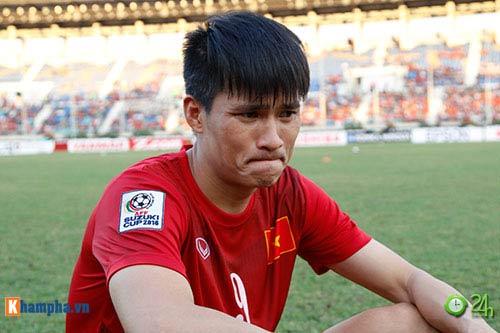HLV Hữu Thắng & Công Vinh tố cầu thủ Malaysia đá láo - 3