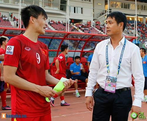 HLV Hữu Thắng & Công Vinh tố cầu thủ Malaysia đá láo - 6