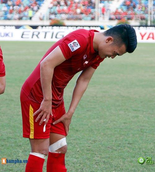 HLV Hữu Thắng & Công Vinh tố cầu thủ Malaysia đá láo - 7