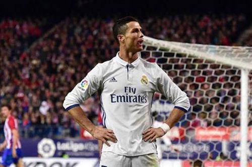 Tin HOT bóng đá tối 23/11: Cris Ronaldo có rất nhiều kẻ thù - 1