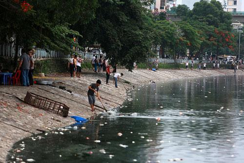"""Sông hồ Hà Nội: Những """"lá phổi"""" chết giữa Thủ đô - 3"""