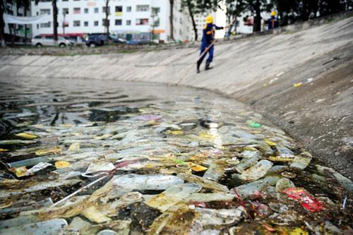 """Sông hồ Hà Nội: Những """"lá phổi"""" chết giữa Thủ đô - 9"""