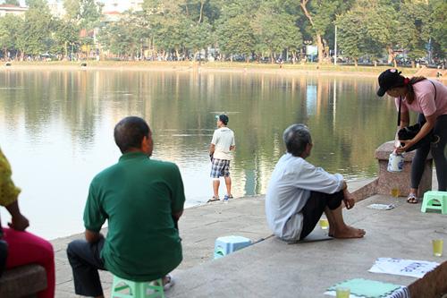 """Sông hồ Hà Nội: Những """"lá phổi"""" chết giữa Thủ đô - 13"""